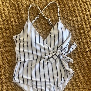 Cupshe black and white wrap swimsuit